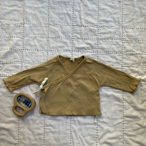 quincy mae Shirts & Tops - Quincy Mae kimono top in Honey, size: 0-3